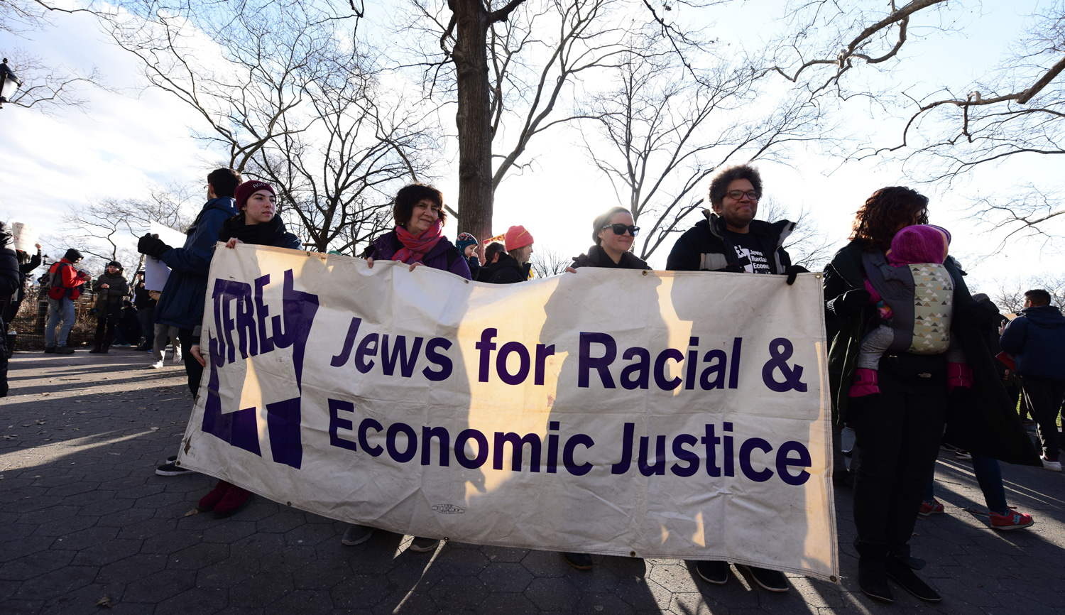 Jews for Racial & Economic Justice in January 2017. Andy Katz/Pacific Press/LightRocket via Getty Images.