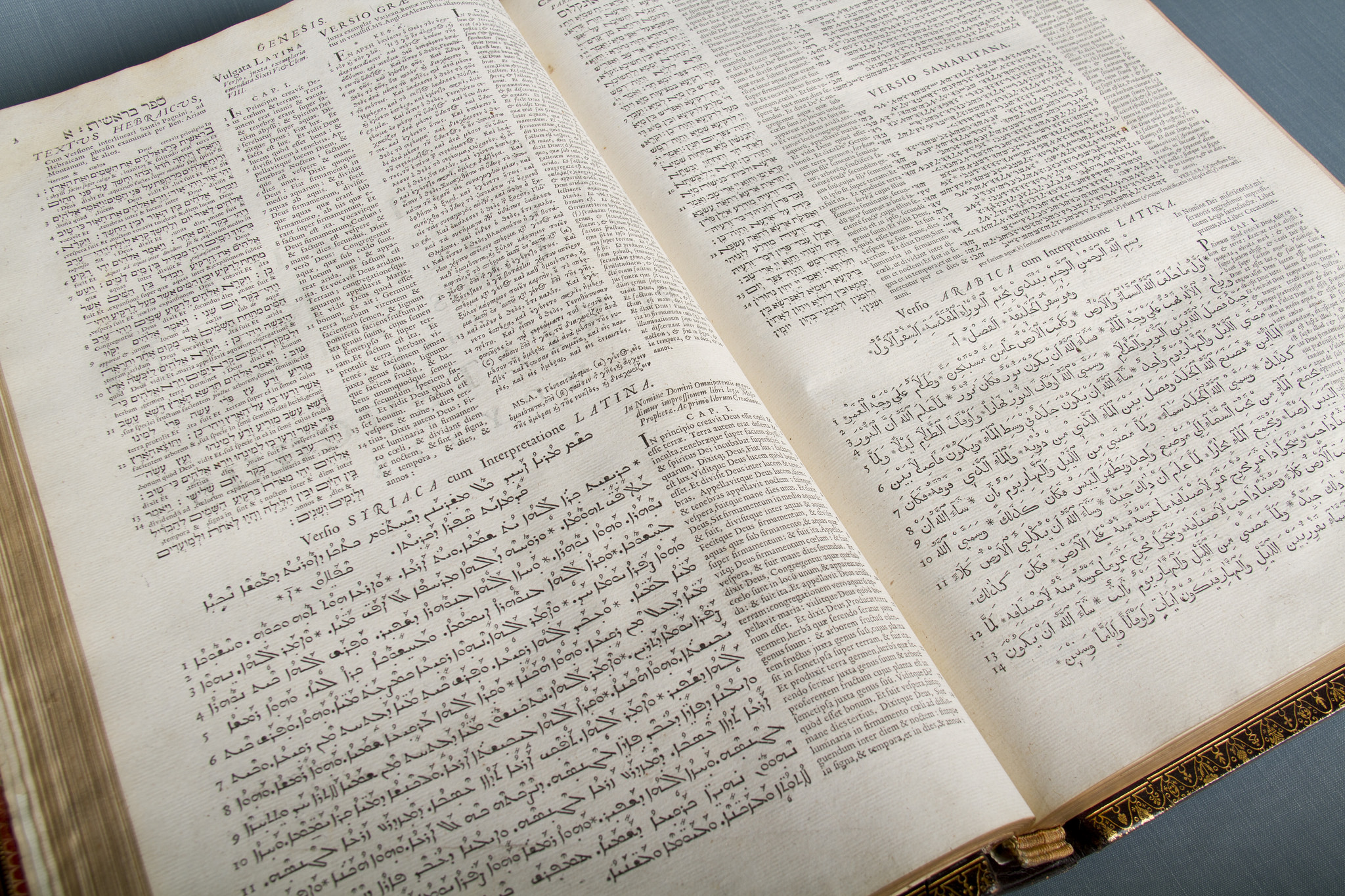 Walton's Polyglot Bible, Volume 1, 1654. Pages showing text from the book of Genesis in multiple languages.