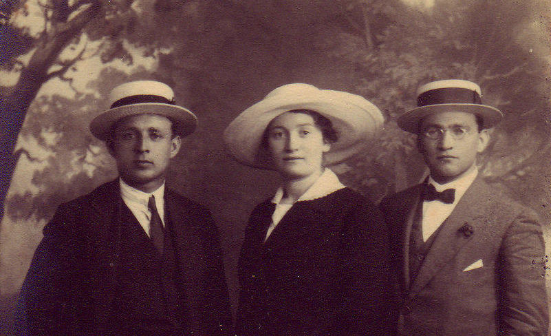 Yosef Lishansky, Sarah Aaronsohn, and Lyova Shneerson, three members of the NILI spy ring, in Cairo, 1917. Beit Aaronsohn-Museum Nili, Zikhron Yaakov.