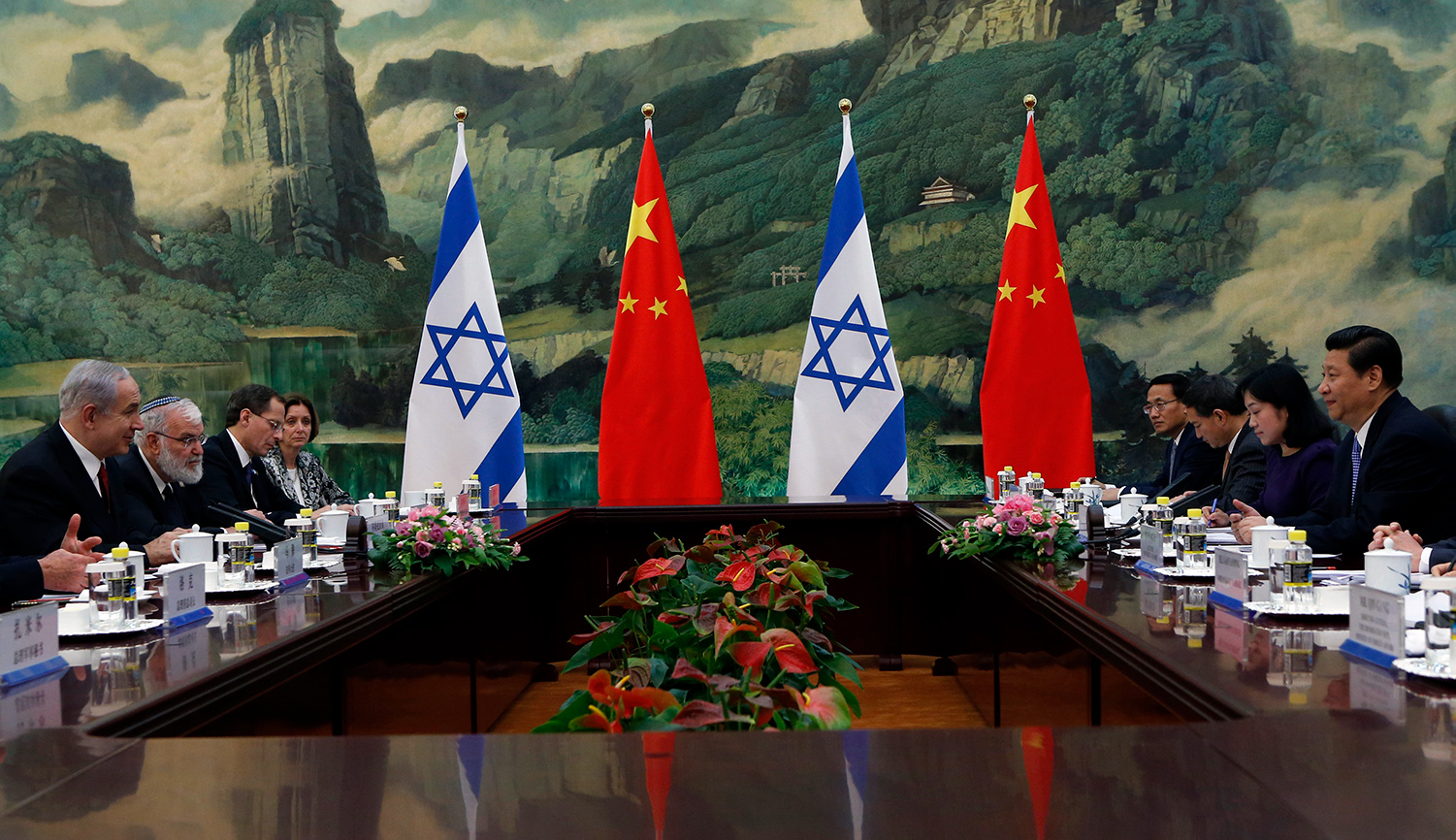 Chinese President Xi Jinping meets with Israeli Prime Minister Benjamin Netanyahu on May 9, 2013 in Beijing. Kim Kyung-Hoon-Pool/Getty Images.