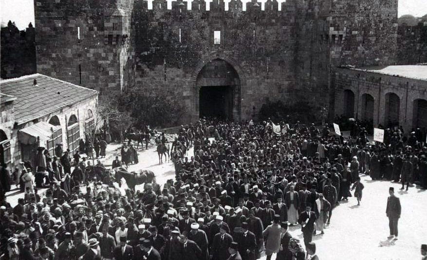 An anti-Zionist demonstration at the Damascus Gate in Jerusalem on March 8, 1920. Wikipedia.
