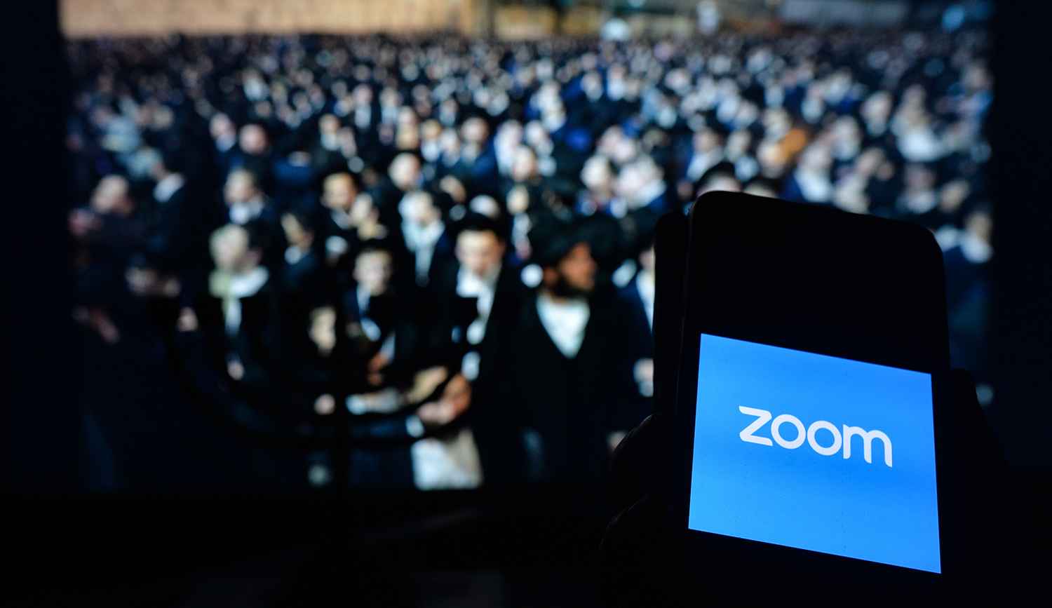 In Rejecting the Zoom Seder, What Did Orthodox Jews Affirm?