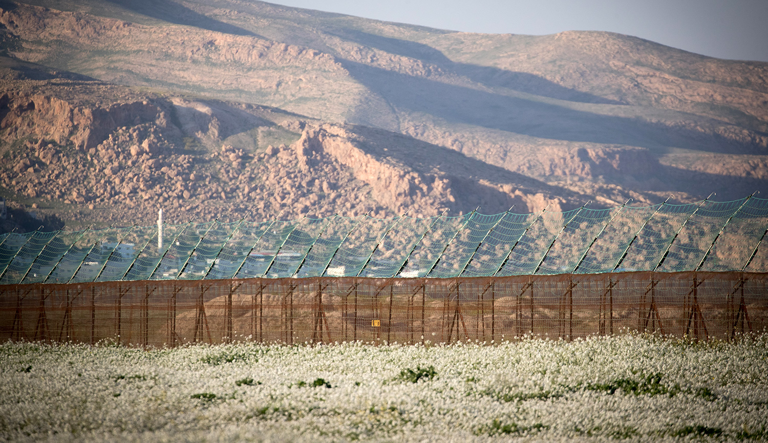 View of the border fence between Israel and Jordan in the Jordan Valley on February 13, 2019. Yonatan Sindel/Flash90.