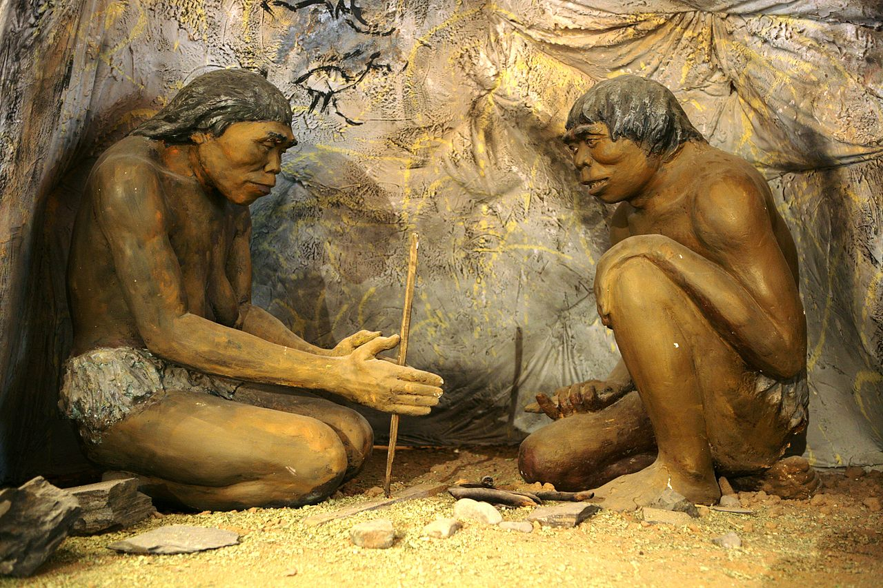 A diorama showing ancient cavemen inside the National Museum of Mongolian History in Ulaanbaatar, Mongolia. Wikimedia.