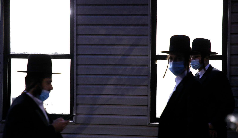 Ḥaredi Jews in New York on October 19, 2020. John Lamparski/NurPhoto via Getty Images.
