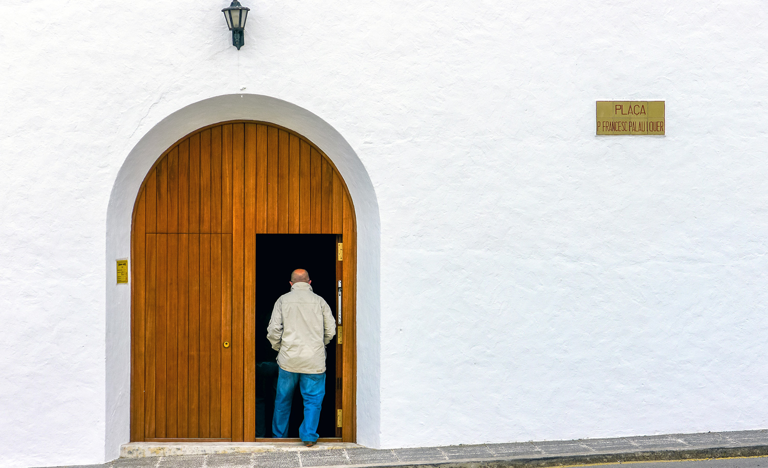 The Gibberish a Madrid Doctor Mutters Going Into Church Is Really Hebrew Dating Back Six Hundred Years