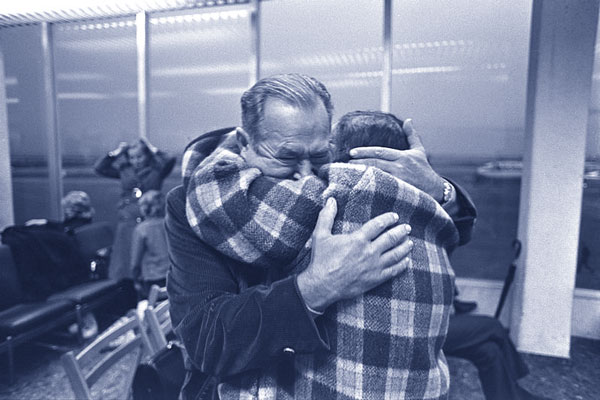 <i>A Jewish woman, just arrived from Russia, sees her brother for the first time in twenty years at Lod Airport, November 15, 1972.</i> Moshe Milner/Government Press Office (Israel).